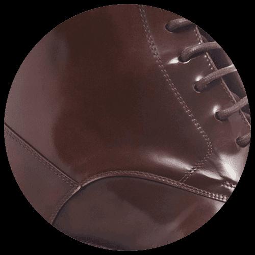 detail shiny patent brown shoe - Guidomaggi Switzerland
