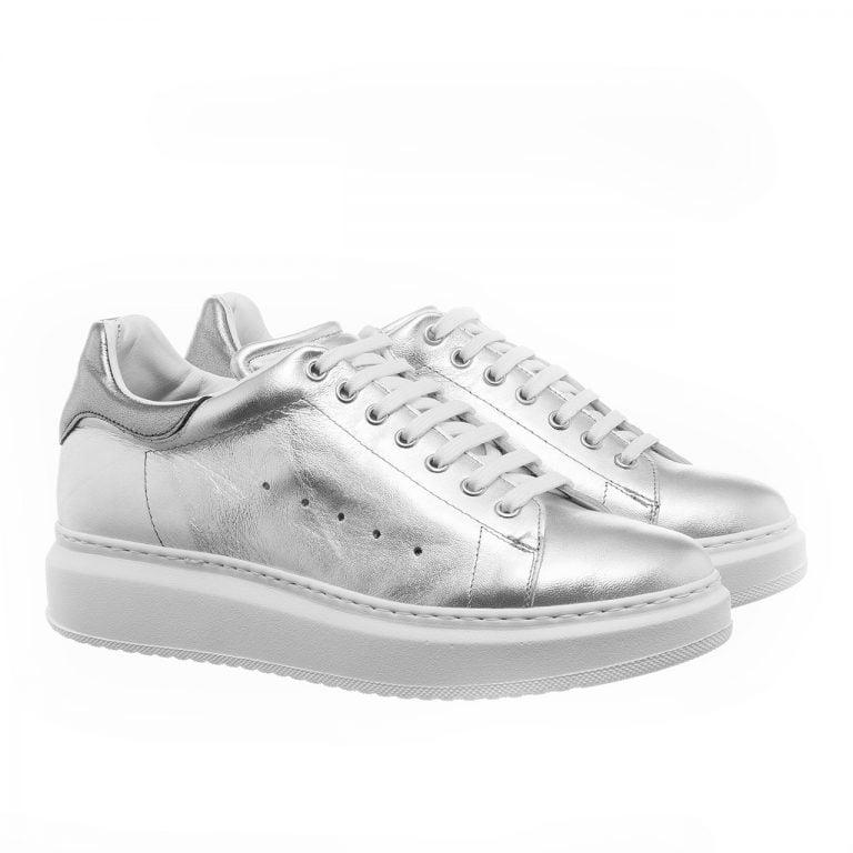 Silberne Leder-Sneakers mit Absatz Handgefertigte aus Italien 5