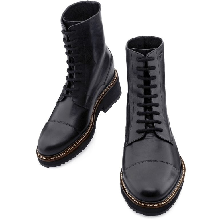 black leather traditional boots 2