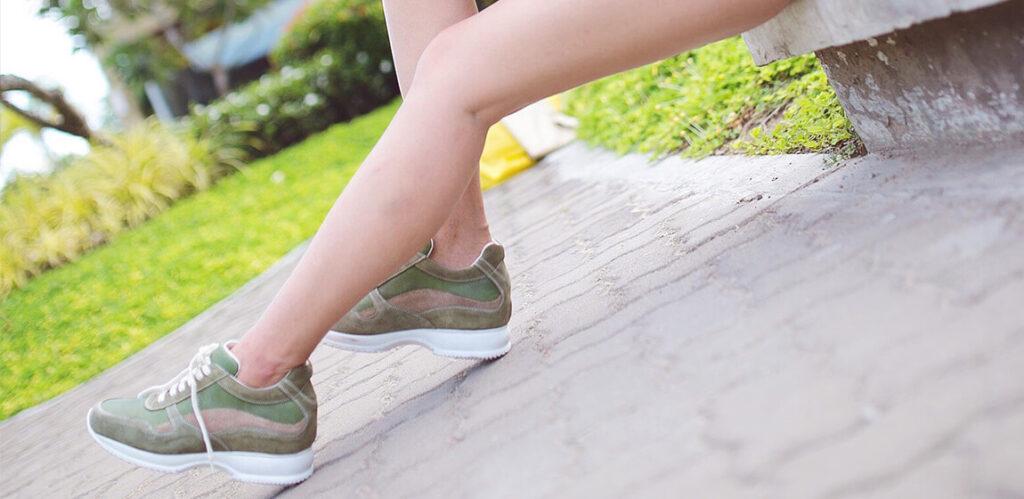 Mädchen mit luxus Erhöhten Schuhen von Guidomaggi Italien